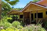 Vacances aux Seychelles Les Laurier Eco Hôtel île de Praslin organisées par une agence voyage spécialisée routedesseychelles.com